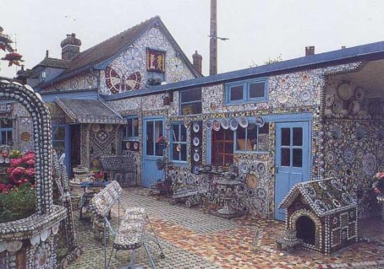 Ngôi làng ốp gốm sứ từ A-Z đẹp như cổ tích