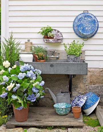 Những góc cất dụng cụ làm vườn tuyệt đẹp