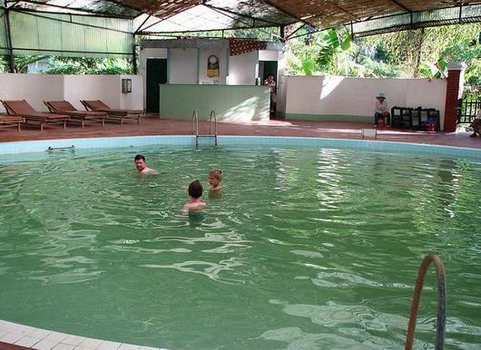 6 suối nước nóng nổi tiếng nhất Việt Nam