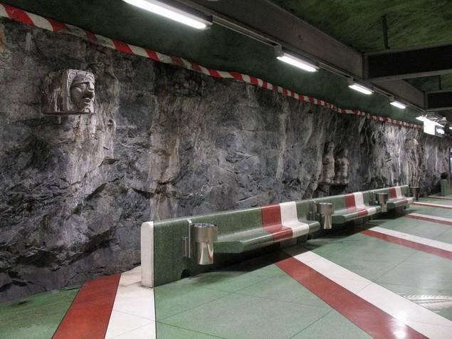 Nghệ thuật dưới đường tàu điện ngầm Stockholm