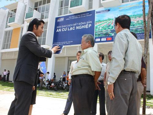 """Nóng với """"chân vạc"""" nhà đất TPHCM - Bình Dương - Đồng Nai"""