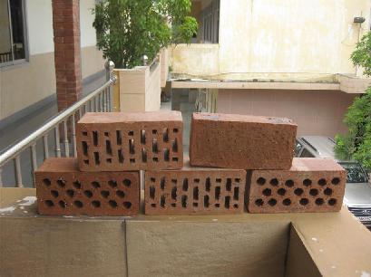 Gạch bán dẻo: Vật liệu mới trong xây dựng