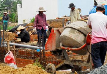 Xử phạt vi phạm xây dựng: Còn làm khó dân