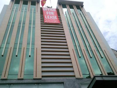 Thị trường bất động sản Hà Nội: Bấp bênh phân khúc văn phòng cho thuê