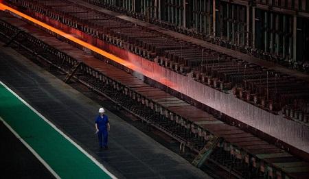 Thép Trung Quốc suy giảm vì nền kinh tế bất ổn