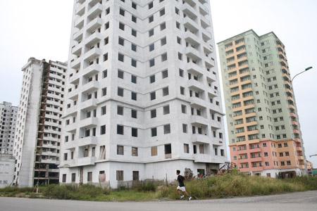 Nhà nước mua lại bất động sản nợ xấu: Cho thị trường hay chỉ vài người?