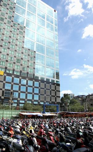 Bãi giữ xe ngầm tại Thành phố Hồ Chí Minh: Vẫn chỉ nằm trên giấy