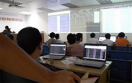 Chứng khoán phiên cuối tuần: VN-Index tăng trở lại