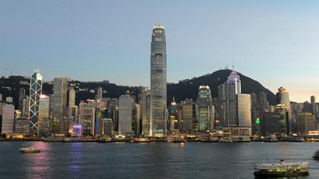 Hai tỷ phú bất động sản Hong Kong bị bắt