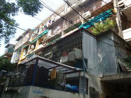 Nhiều chung cư cũ được chào bán giá 50-60 triệu đồng/m2