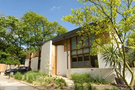 Anh: Nhà đất các vùng ngoại ô London tăng giá
