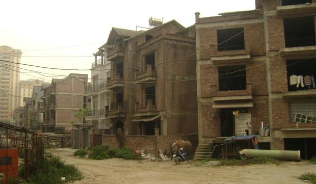 khu đô thị thiếu hạ tầng