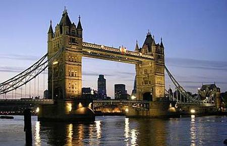 """""""Đại gia"""" châu Á đổ xô tới London tậu nhà"""