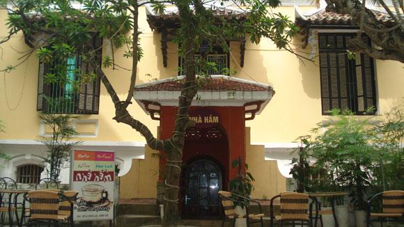 Mua bán biệt thự cũ ở Hà Nội: Lo nơm nớp
