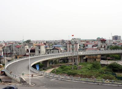Năm 2012, xây dựng cầu Vĩnh Tuy giai đoạn 2