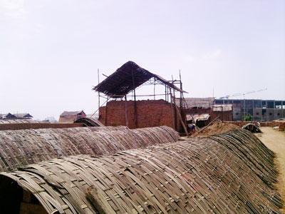 Hà Nội: Ngừng sản xuất gạch thủ công vào năm 2012