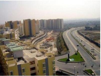 Malaysia: Tăng thuế bất động sản trong năm 2012