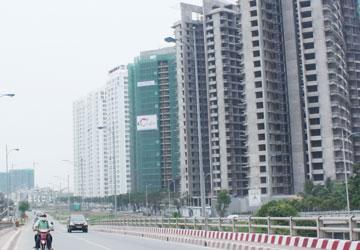 Làn sóng bán tháo bất động sản