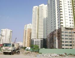 Cứu bất động động sản bằng tiền hay chính sách?