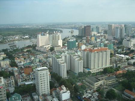 Thị trường bất động sản TPHCM: Bất động trong mùa cao điểm