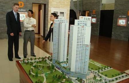 Vì sao bất động sản không hút FDI?