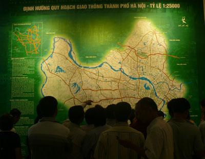 Đi xem quy hoạch chung Thủ đô: Kẻ mừng, người lo