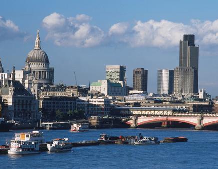 Anh: Giá nhà ở giảm mạnh trong tháng 9/2011