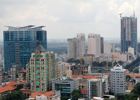 Mặt bằng bán lẻ Hà Nội và TP HCM chịu áp lực giảm giá