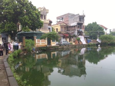 """Hà Nội: Quận Long Biên lấp """"lá phổi làng"""", xây """"đường hoành tráng"""" vì tương lai?"""