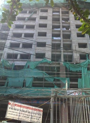 Xây nhà 21 tầng chưa có phép, lỗi tại chính quyền?