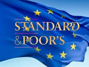 Eurozone phản ứng việc bị S&P hạ mức tín nhiệm