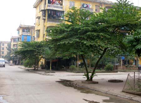 Vì sao 400 hộ dân khu chung cư Hòa Phong không được mua nhà theo NĐ 61?