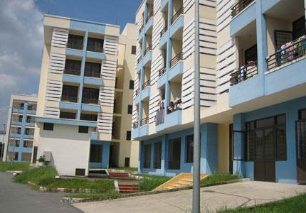 Nghịch lý bất động sản: Nhà đầu tư mong dự án