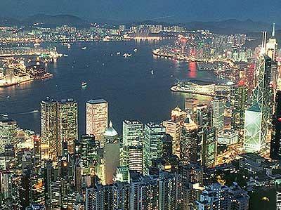 Hồng Kông: Bất động sản sẽ tiếp tục giảm giá vào năm 2012