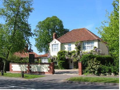 Anh: Giá nhà không đổi trong tháng 11/2011