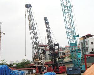 Cao ốc Discovery Complex: Phong toả nhà thầu