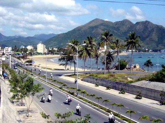 Khánh Hòa: Phấn đầu trở thành đô thị loại I trực thuộc Trung ương giai đoạn 2011 – 2015