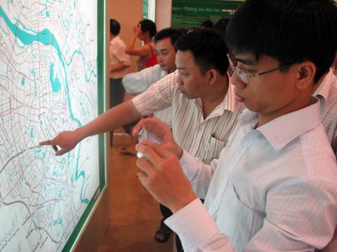 Thị trường nhà đất Hà Nội 'hờ hững' với quy hoạch