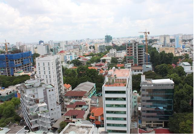 Mặt bằng bán lẻ tại Tp.HCM chậm tiến so với Bangkok từ 18 - 20 năm