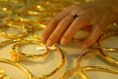 """Dự báo giá vàng tuần này:VN """"chờn vờn"""", thế giới đi lên"""