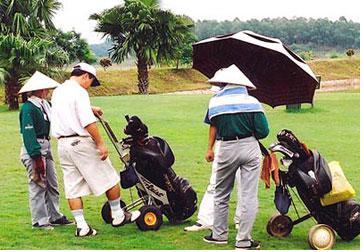 Dự án sân golf gần sân bay Tân Sơn Nhất: Làm rõ về độ tĩnh không