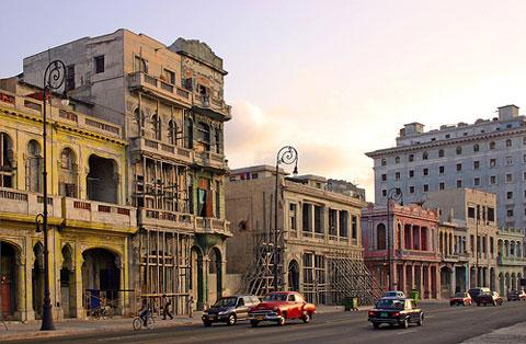Người Cuba hoan hỉ với giấc mơ nhà đất