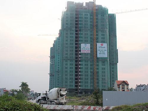 Thị trường bất động sản năm 2012: Doanh nghiệp nội lo, ngoại lạc quan