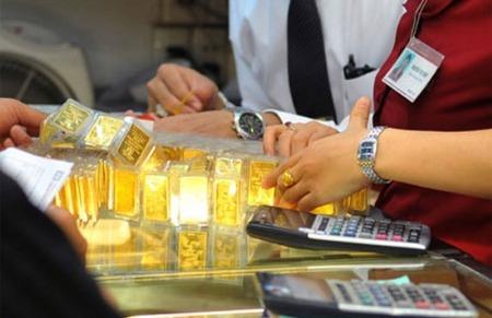 Giá vàng, USD tự do tăng vọt trước kỳ nghỉ Tết