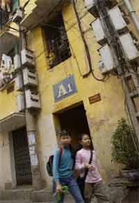 Bán nhà thuộc sở hữu Nhà nước tại Hà Nội : Lơ lửng đến bao giờ