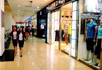 Vì sao các trung tâm thương mại ở Hà Nội ế ẩm?