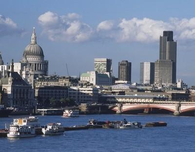 Đại gia ưa thích mua bất động sản nước ngoài