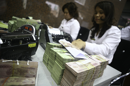 Rủi ro từ thị trường tín dụng phi chính thức
