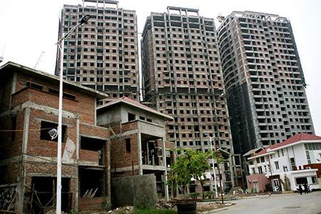 Chuyện căn hộ và… đất nền