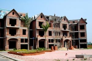 Tâm lý giằng co chi phối thị trường bất động sản
